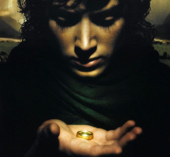 lotr-fellowshipoftheringfrodo.jpg